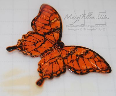 Butterfly-pin